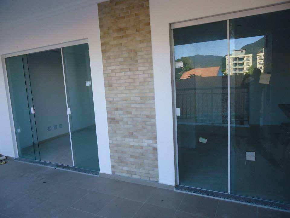 Apartamento com 3 dorms, Centro, Peruíbe - R$ 1.2 mi, Cod: 148
