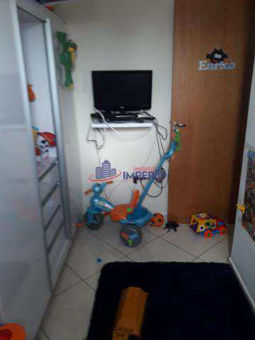 Apartamento com 3 dorms, Vila Galvão, Guarulhos - R$ 280 mil, Cod: 3864