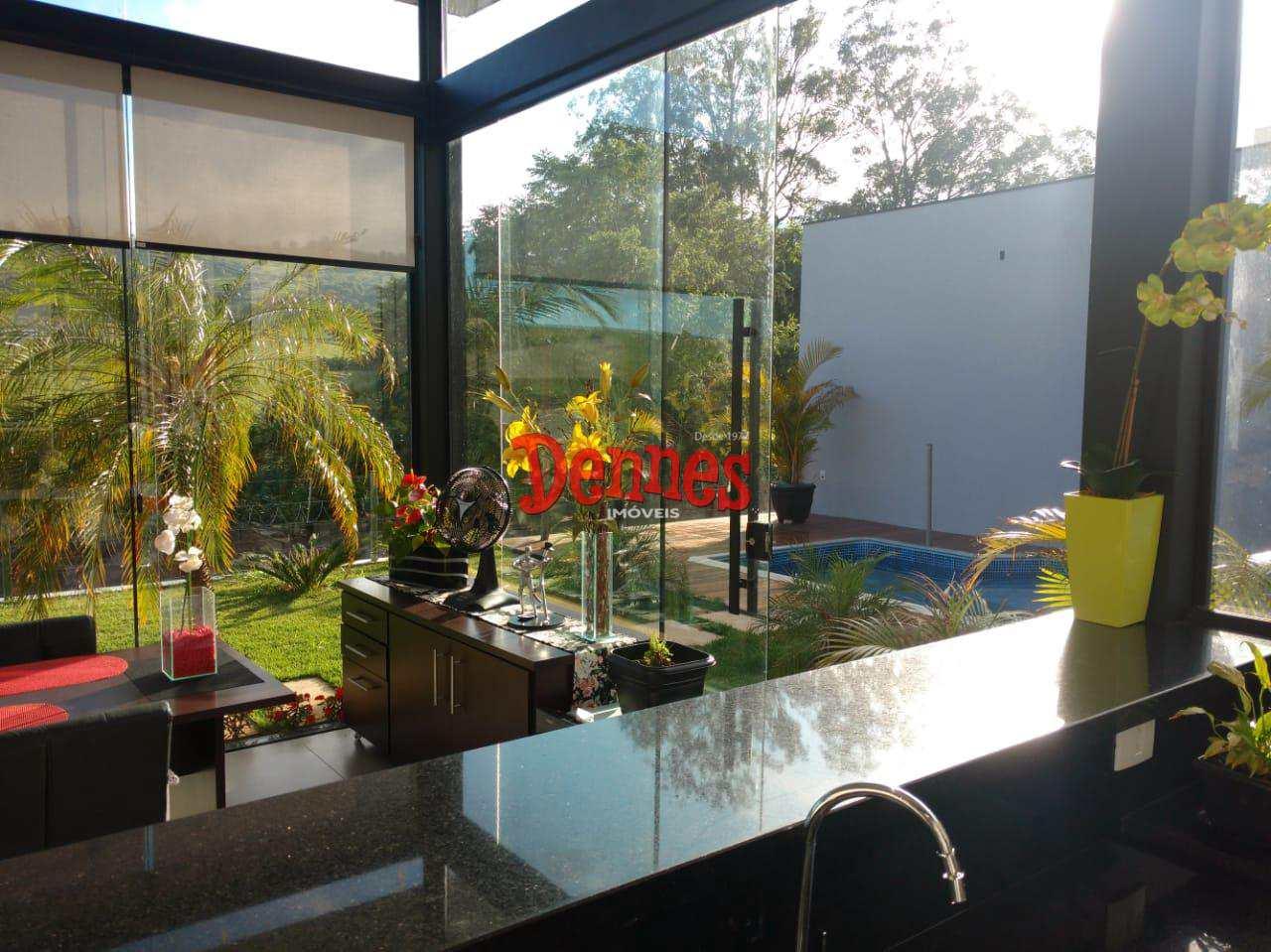Casa de Condomínio com 1 dorm, Condomínio Portal da Serra, Bragança Paulista - R$ 450 mil, Cod: 375