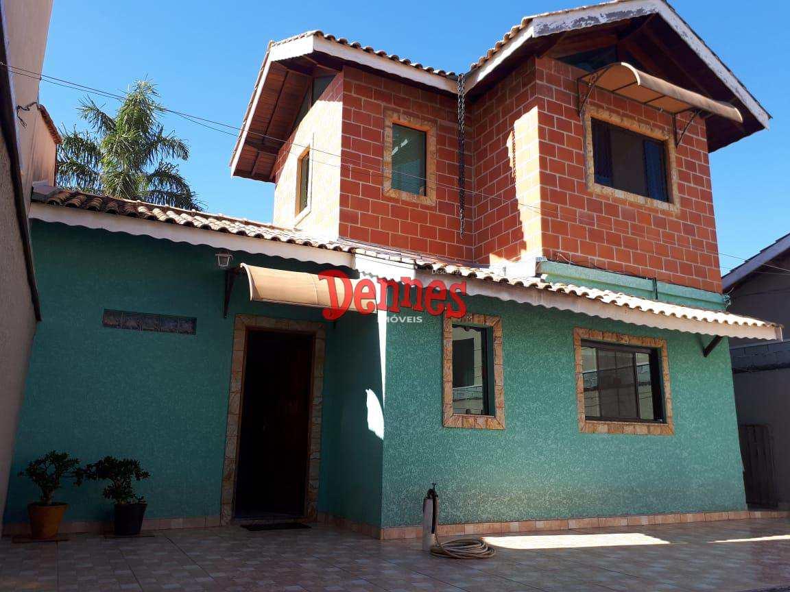 Casa com 3 dorms, Residencial das Ilhas, Bragança Paulista - R$ 450 mil, Cod: 414