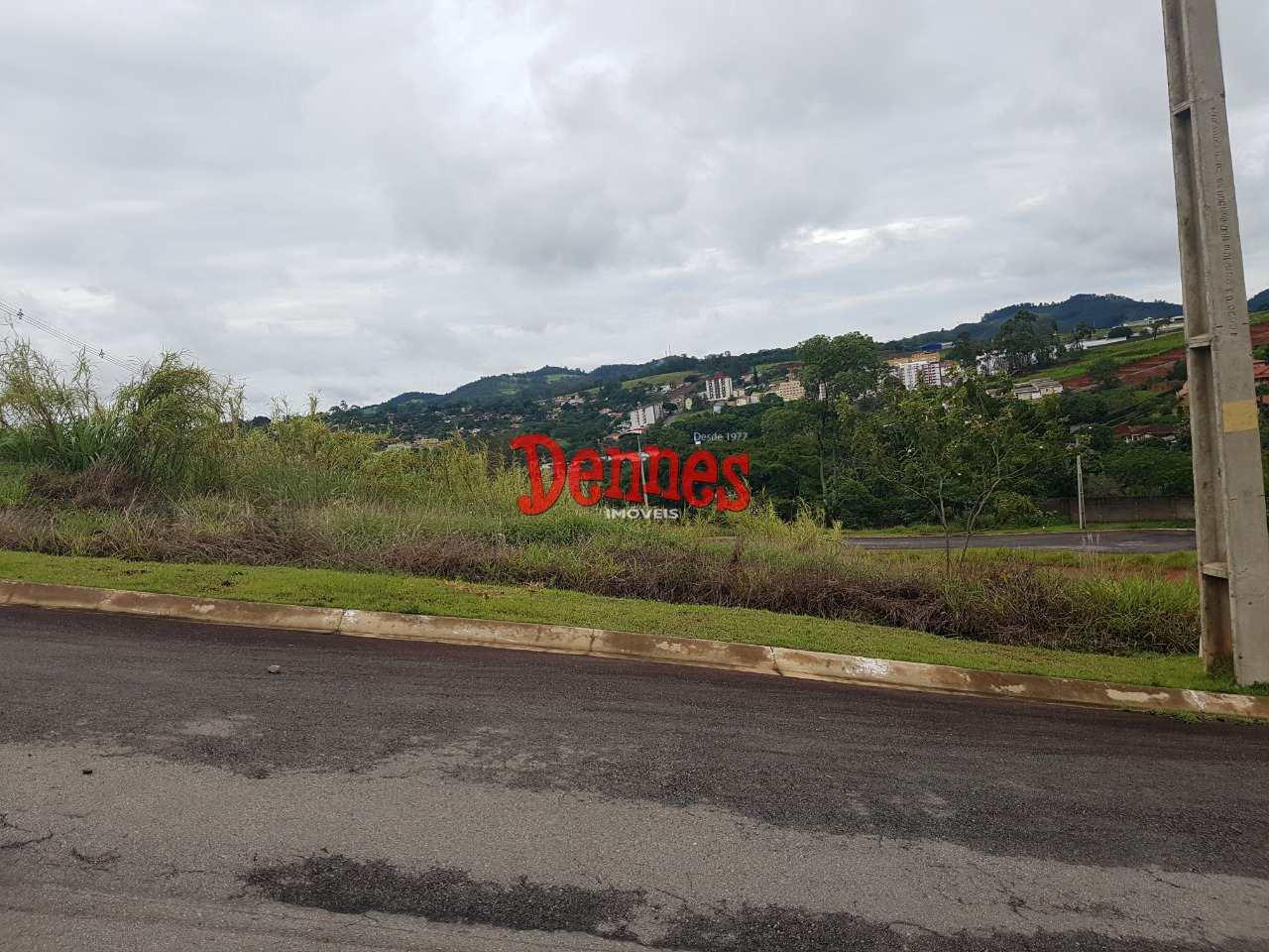 Terreno de Condomínio, Parque Imperador, Bragança Paulista - R$ 140 mi, Cod: 437