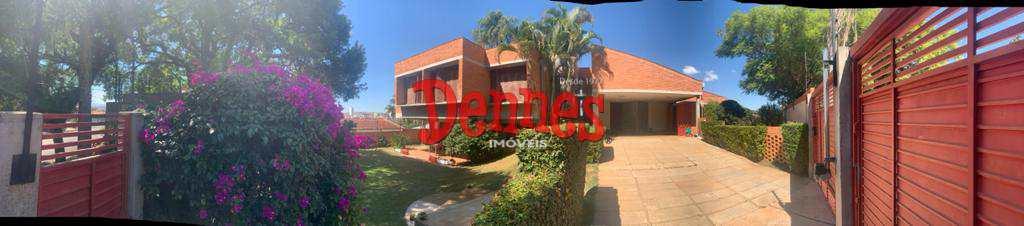Casa com 4 dormitórios, Jardim América.