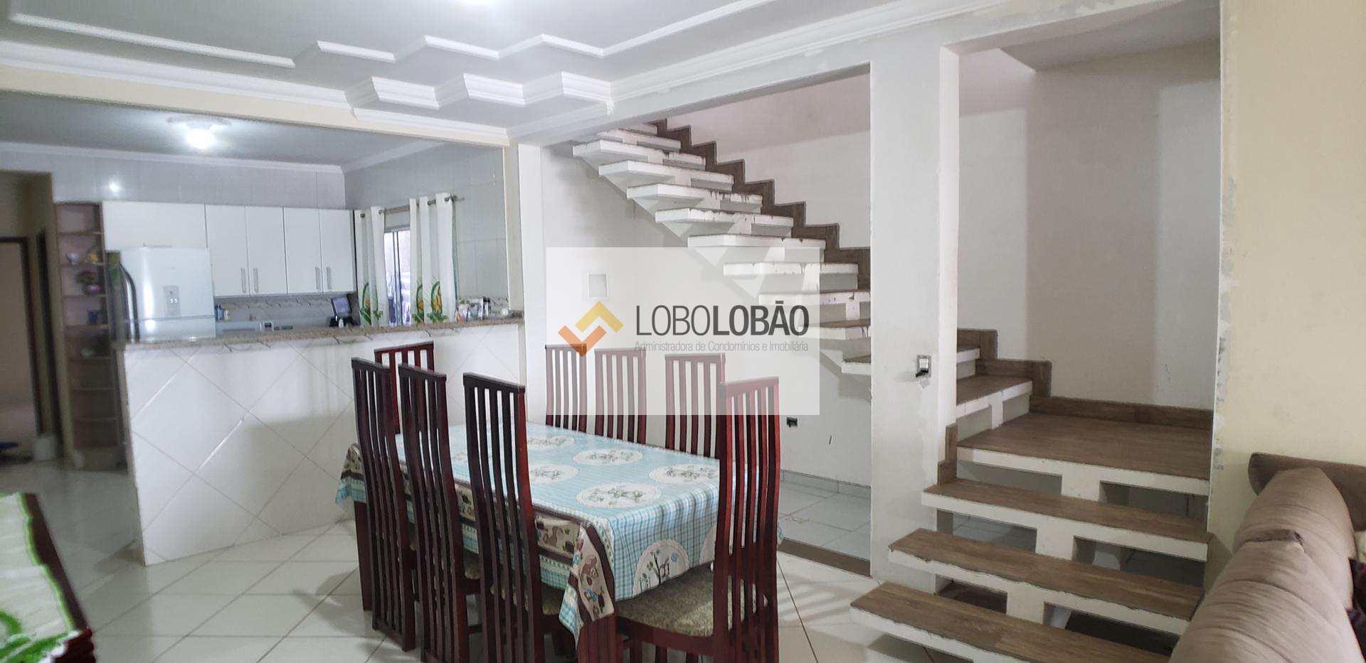 Oportunidade! Sobrado com 4 dormitórios à venda em Taubaté!