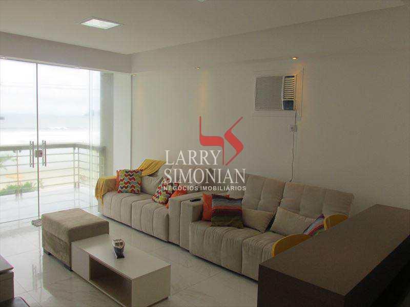 Apartamento com 4 dorms, Centro, Guarujá - R$ 900 mil, Cod: 245