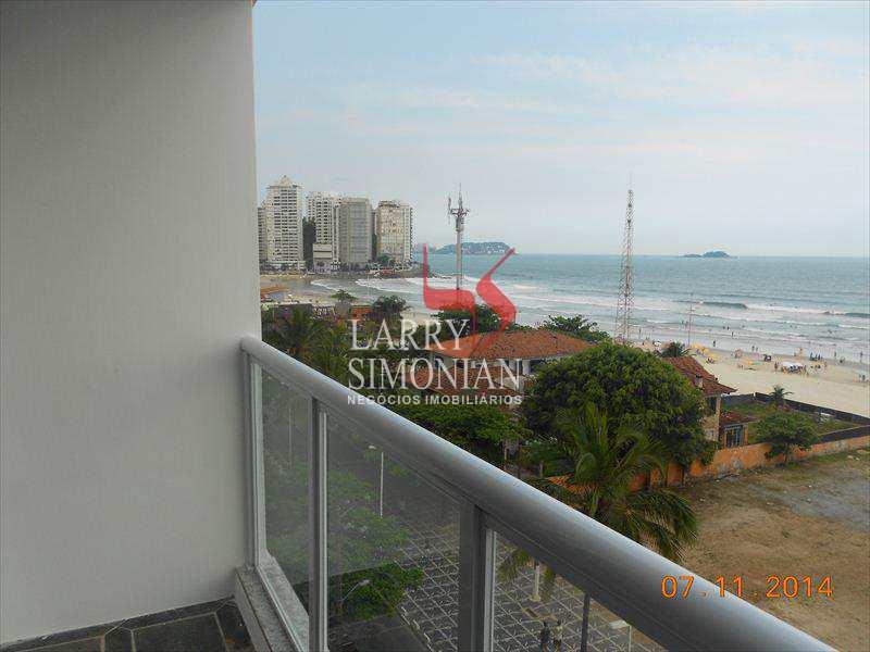 Excelente apartamento frente ao mar, bem localizado.