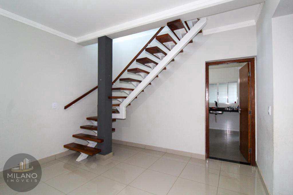 Casa com 3 dorms, sendo 1 suite, Santos Dumont , Três Lagoas -