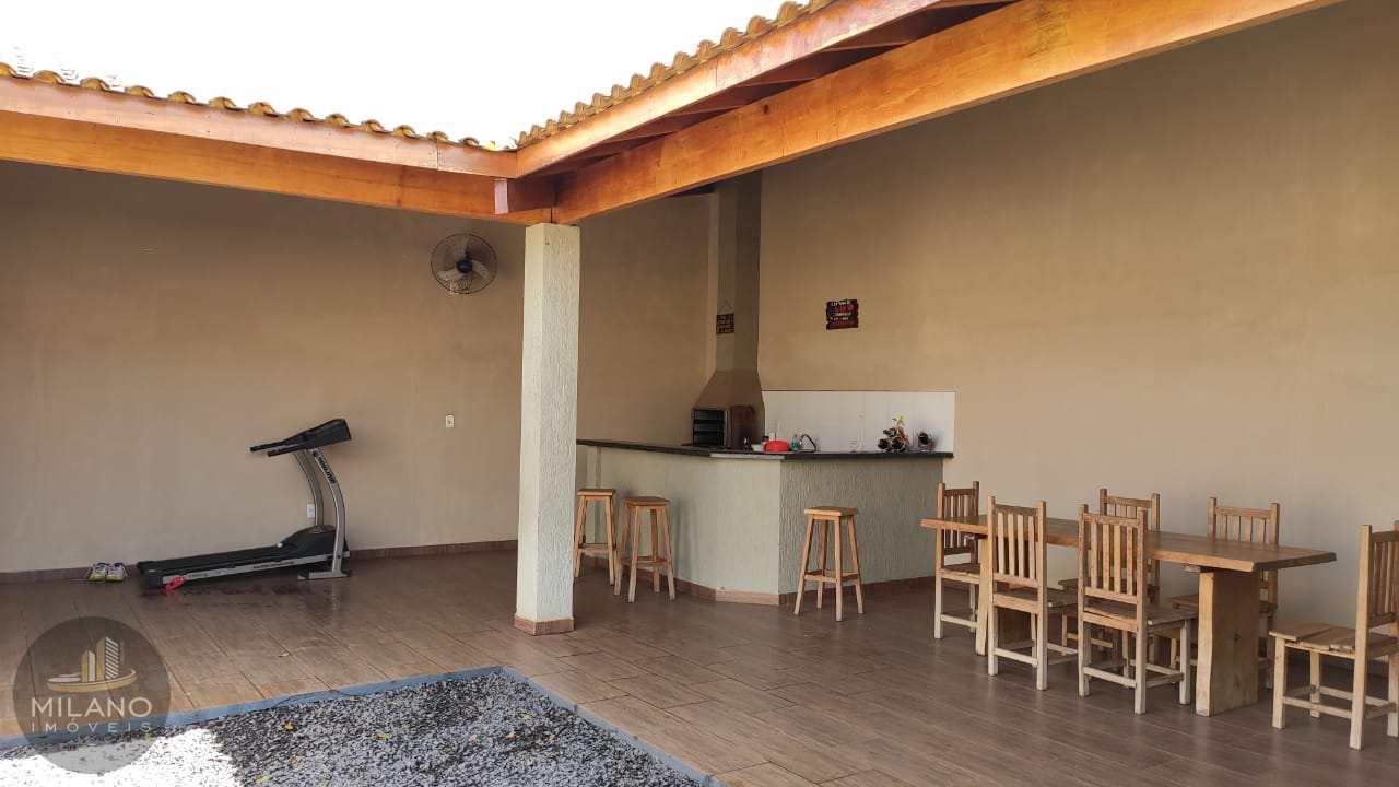 Casa com 3 dorms, Ipê, Três Lagoas - R$ 300 mil, Cod: 578