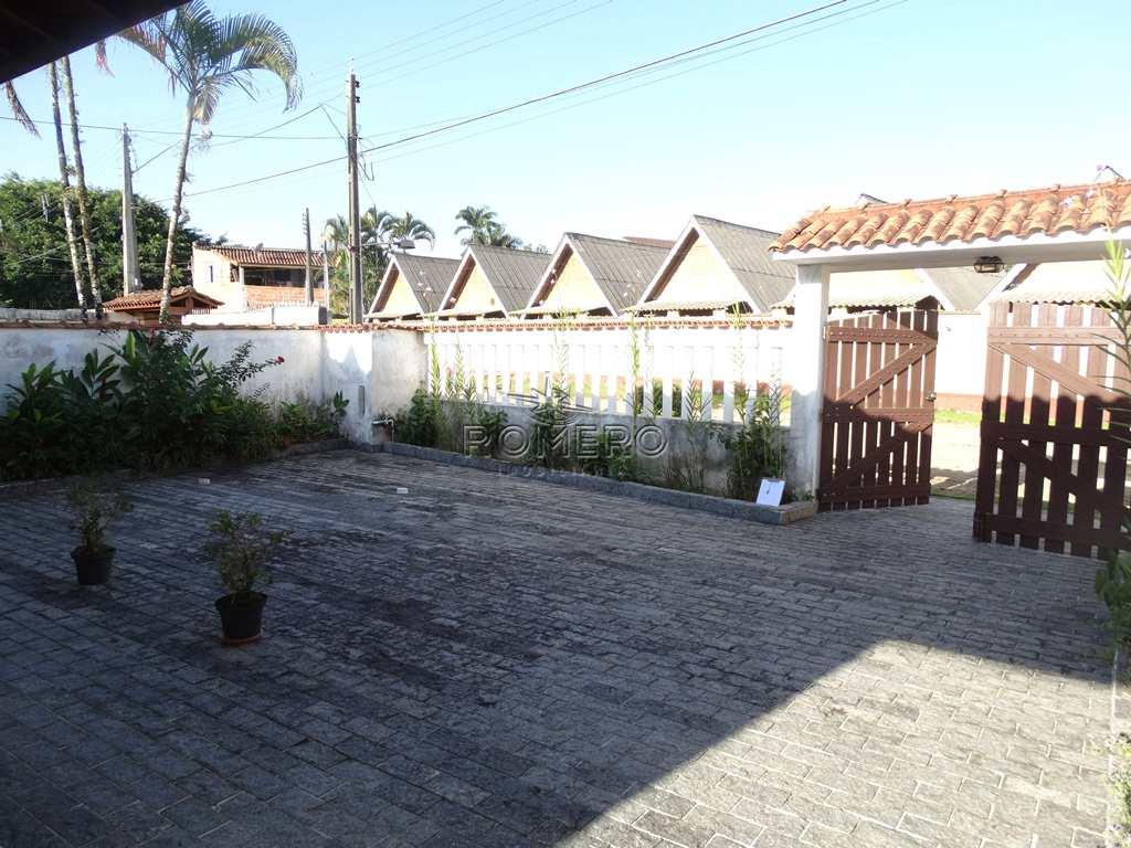 Casa com 4 dorms, Praia do Sapê, Ubatuba - R$ 450 mil, Cod: 892