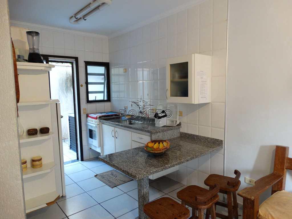 Casa com 2 dorms, Praia da Maranduba, Ubatuba - R$ 250 mil, Cod: 1132