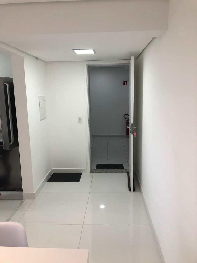 Apartamento com 2 dorms, Jardim Tupanci, Barueri - R$ 550 mil, Cod: 1086