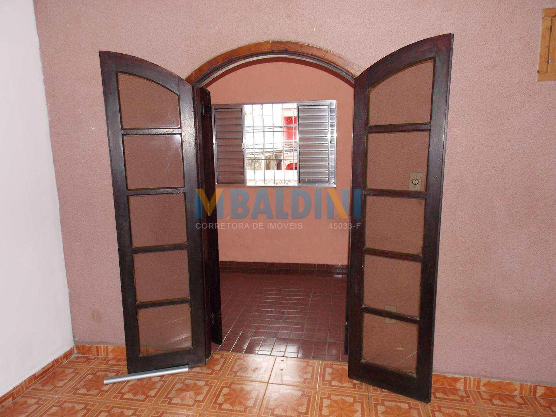 g-Dormitório com porta balcão