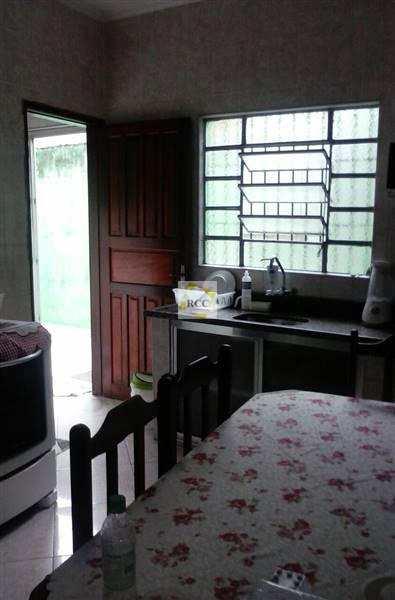 Casa com 3 dorms, Aviação, Praia Grande - R$ 300 mil, Cod: RCR47