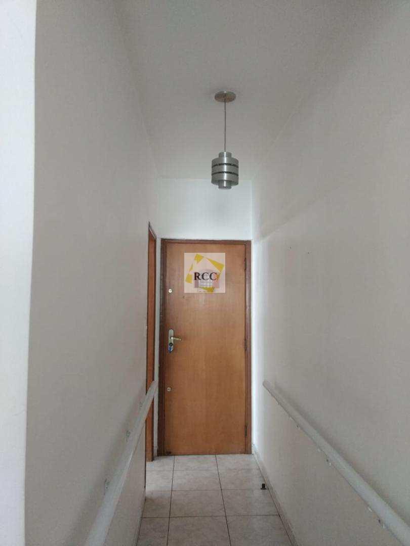 Apartamento com 2 dorms, Guilhermina, Praia Grande - R$ 250 mil, Cod: rcc68