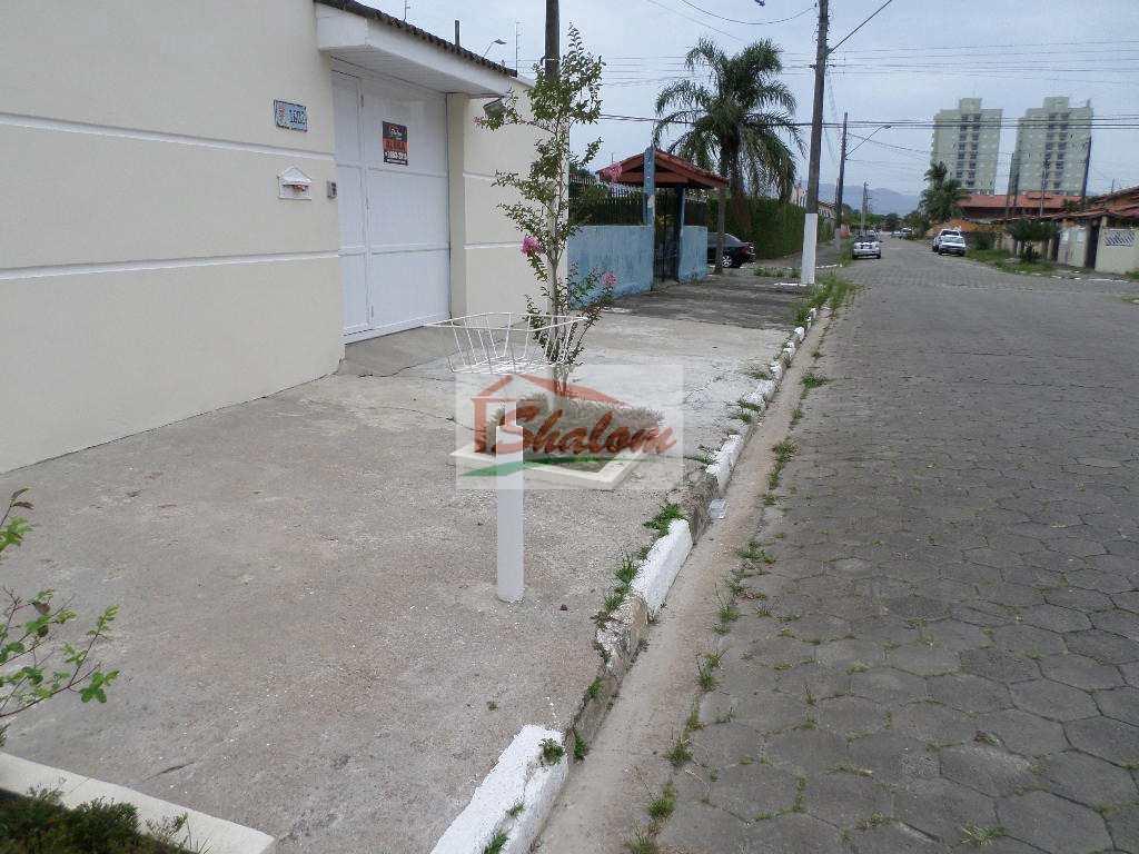 Casa com 3 dorms, Indaiá, Caraguatatuba, Cod: 1272