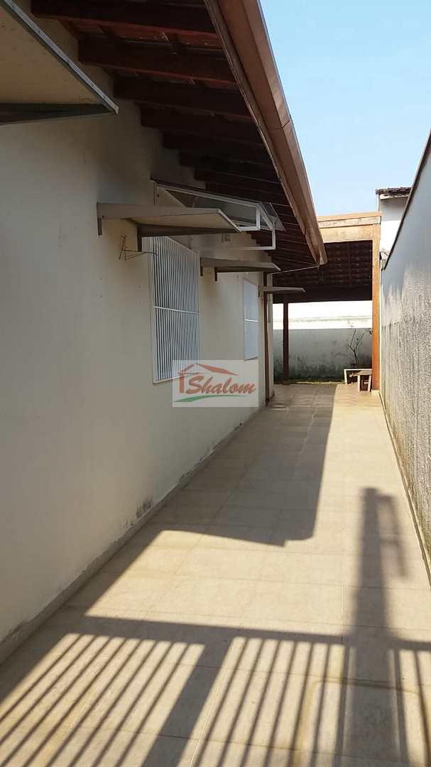 Casa com 3 dorms, Poiares, Caraguatatuba - R$ 465 mil, Cod: 1327