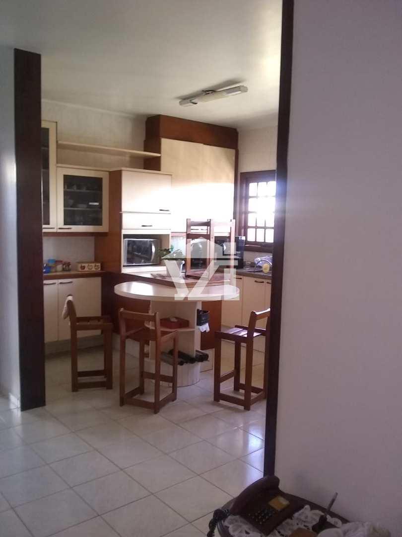 Casa com 5 dorms, Vila Natal, Mogi das Cruzes - R$ 1.4 mi, Cod: 292