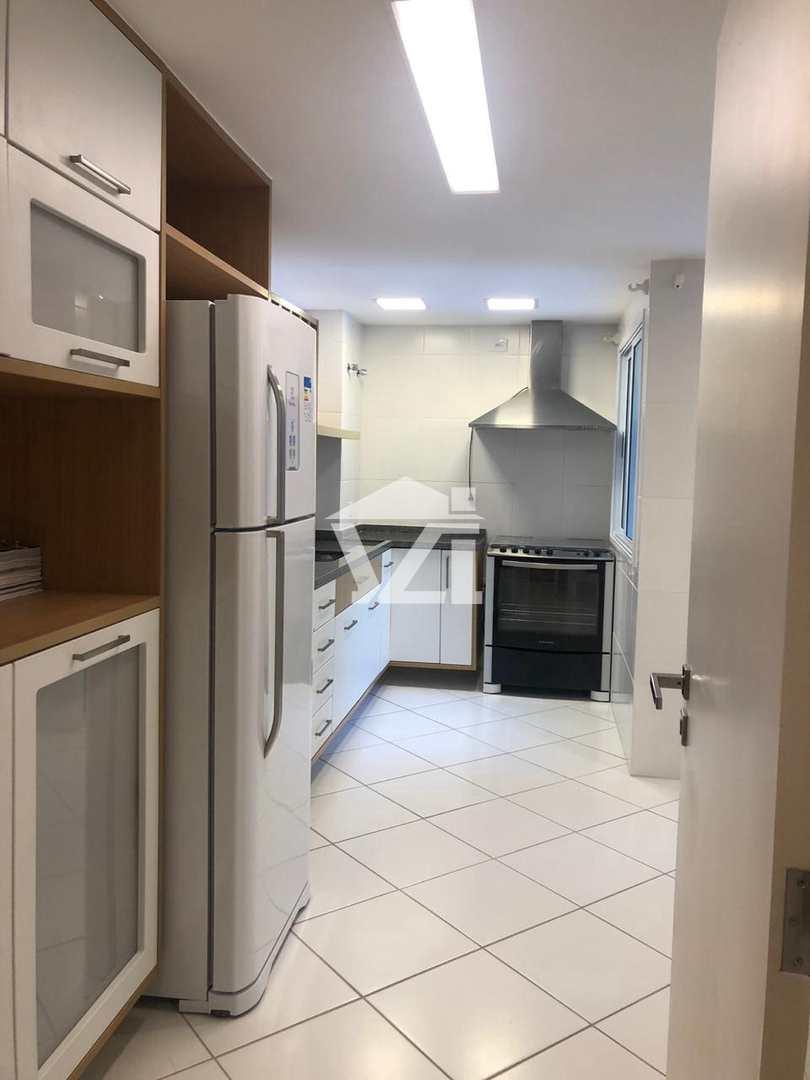 Apartamento com 3 dorms, Vila Capivari, Campos do Jordão - R$ 1.5 mi, Cod: 306