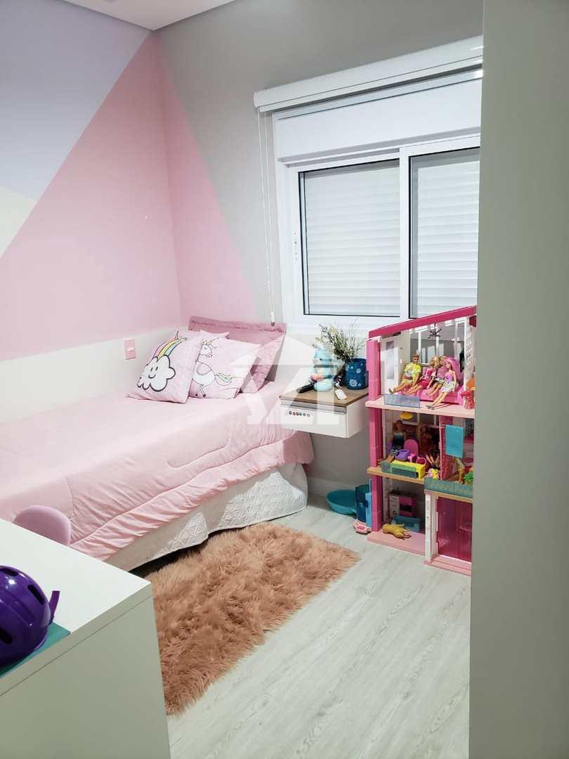 Casa com 3 dorms, Cézar de Souza, Mogi das Cruzes - R$ 1.35 mi, Cod: 381