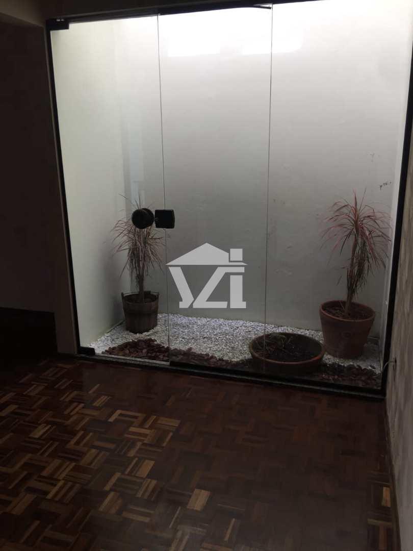 Sobrado com 4 dorms, Vila Oliveira, Mogi das Cruzes - R$ 850 mil, Cod: 392