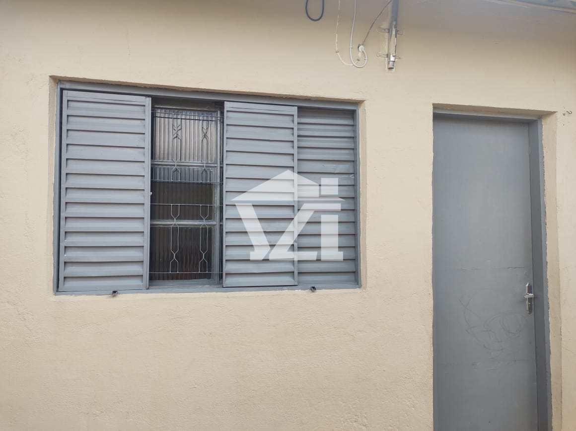 Casa com 3 dorms, Conjunto Residencial do Bosque, Mogi das Cruzes - R$ 370 mil, Cod: 396