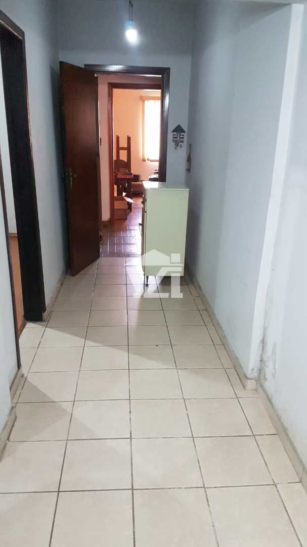 Casa com 4 dorms, Vila Ipiranga, Mogi das Cruzes - R$ 950 mil, Cod: 415