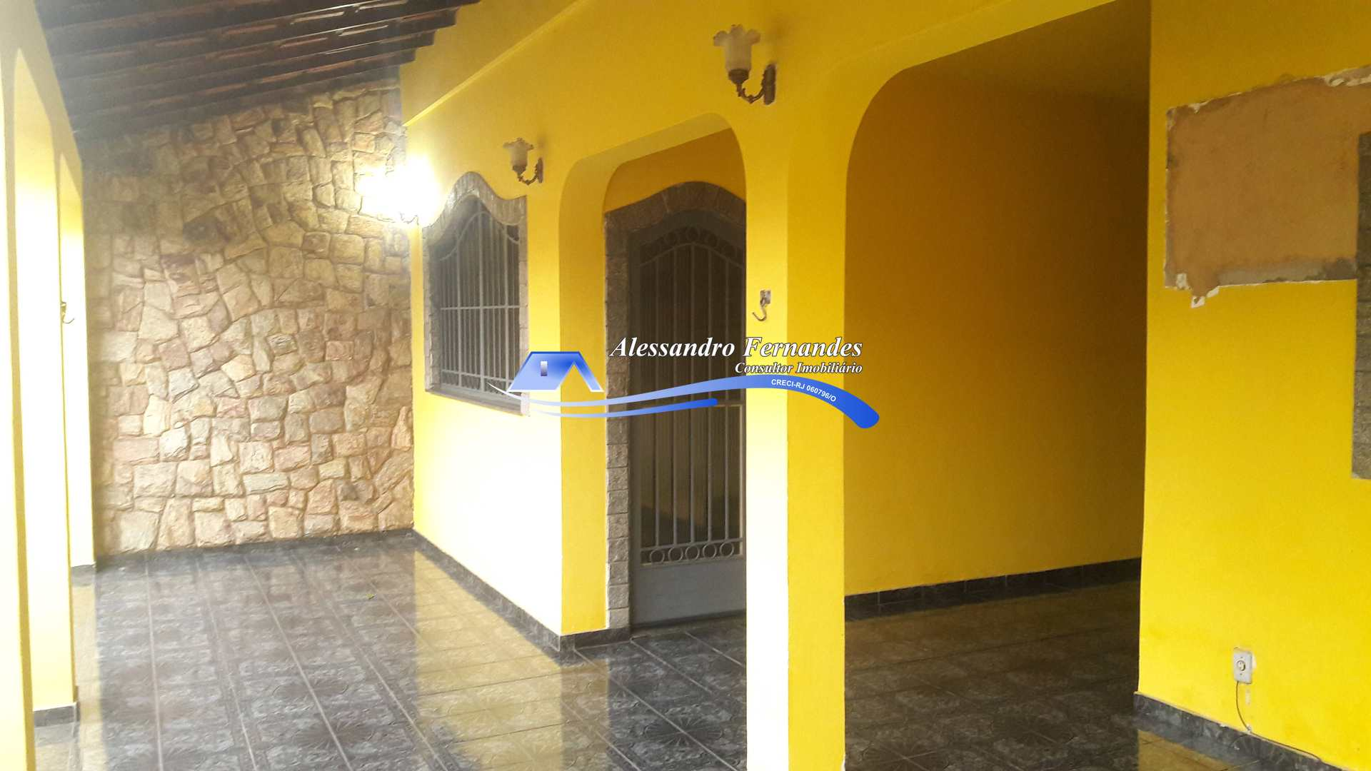Casa com 3 dorms, Vila Tinguá, Queimados - R$ 390 mil, Cod: 177