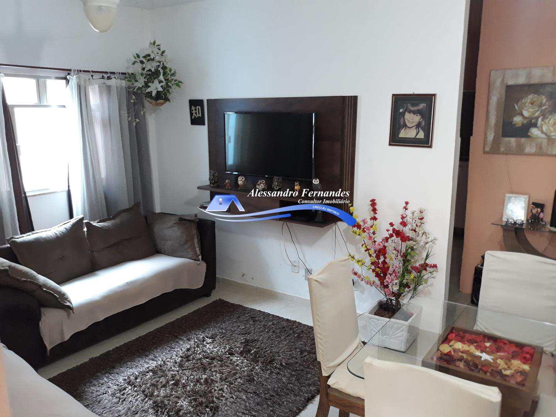 Casa independente com 2 quartos, garagem, bairro Vila Camarim