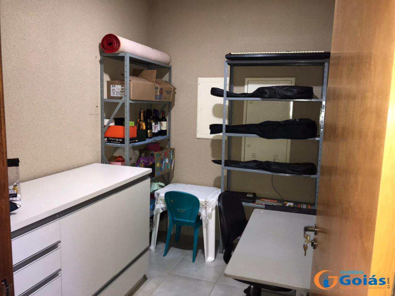 Casa com 4 dorms, Santo Agostinho, Vianópolis - R$ 1.2 mi, Cod: 9017