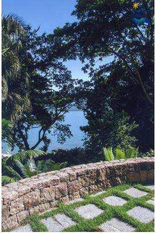 Sinuosa casa alto Padrão 5 Suítes, Praia Vermelha Sul, Ubatuba