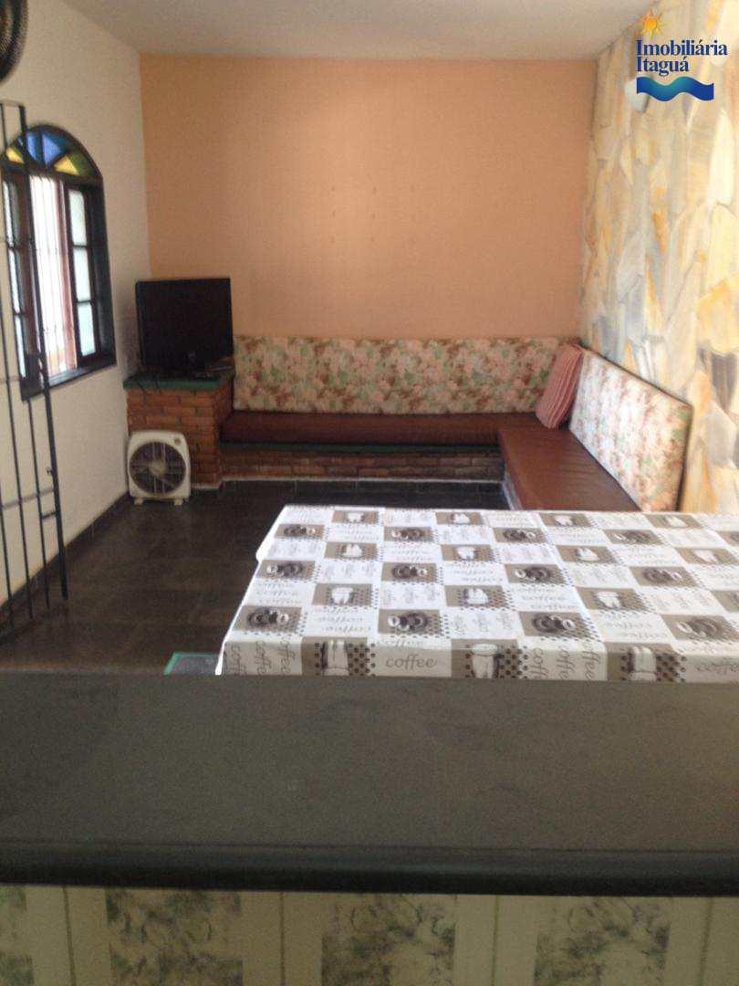 Casa com 2 dorms, Itagua, Ubatuba - R$ 400 mil, Cod: CA1001