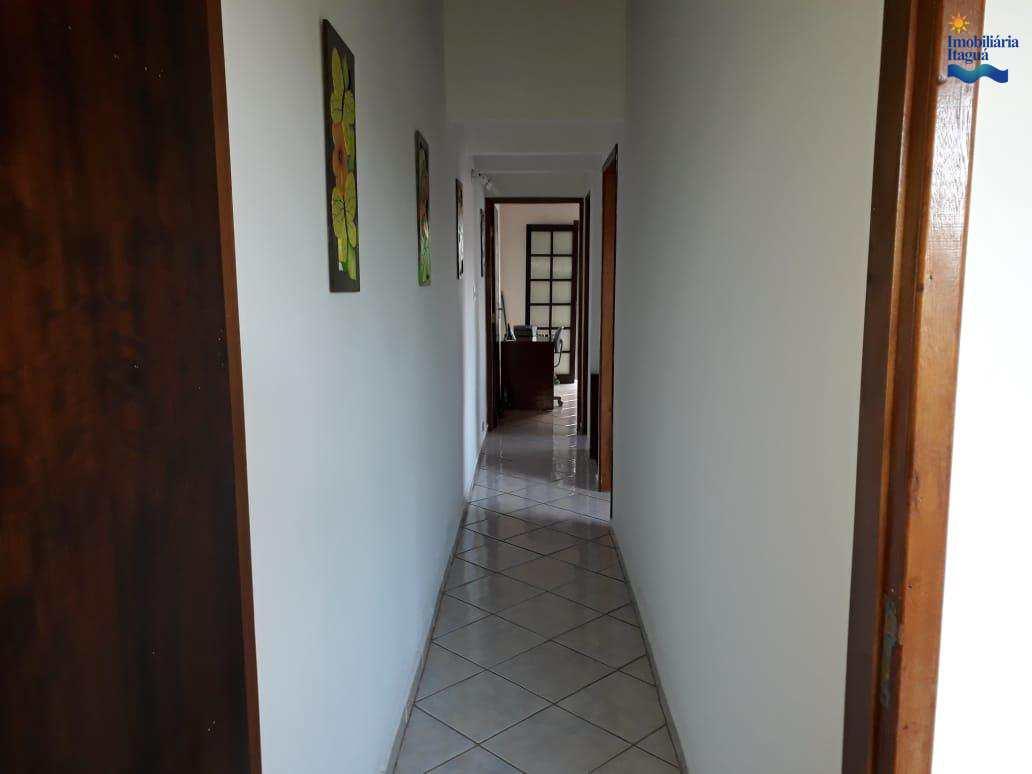 Casa com 3 dorms, Perequê Açu, Ubatuba - R$ 430 mil, Cod: ca1054