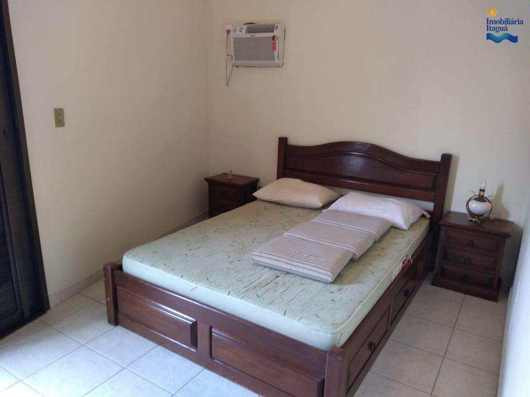 Apartamento com 2 dorms, Itaguá. Locação definitiva