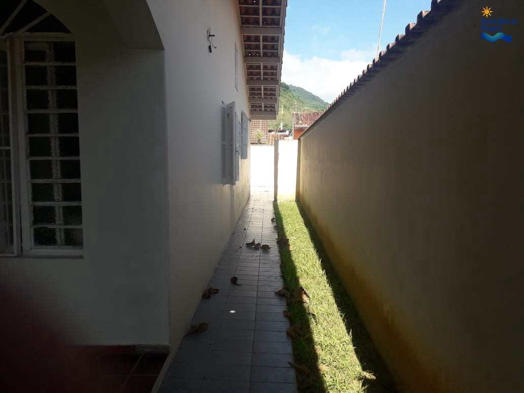 Casa com 5 dorms, Praia Grande, Ubatuba - R$ 725 mil, Cod: ca1209