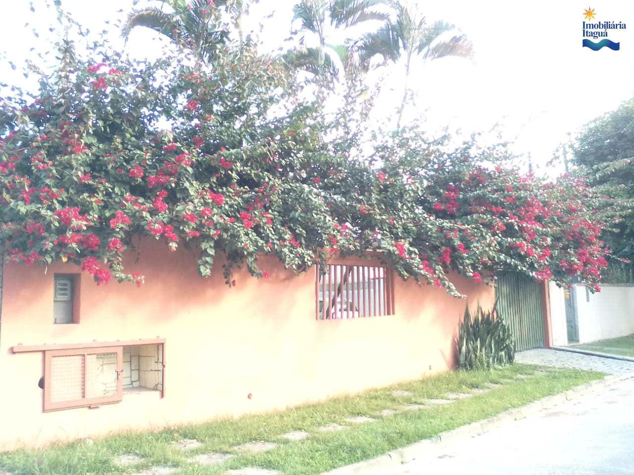 Casa com 3 dorms, Itagua, Ubatuba - R$ 850 mil, Cod: CA1226