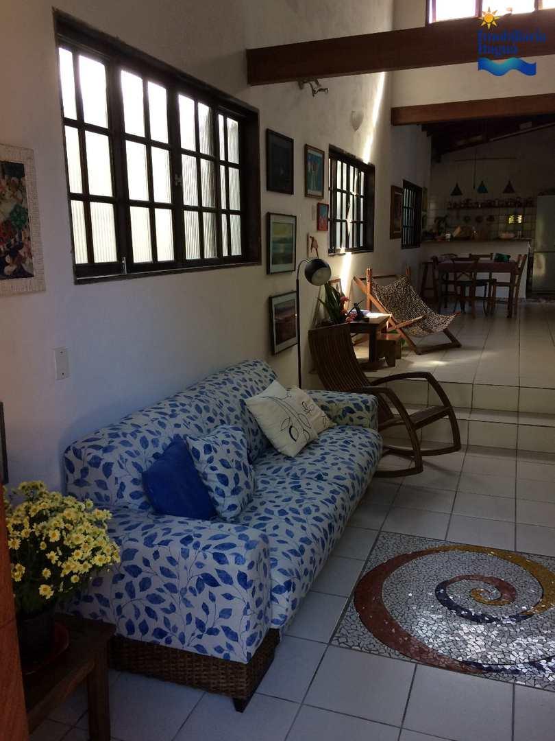 Casa com 4 dorms, Itagua, Ubatuba - R$ 1.1 mi, Cod: CA1228