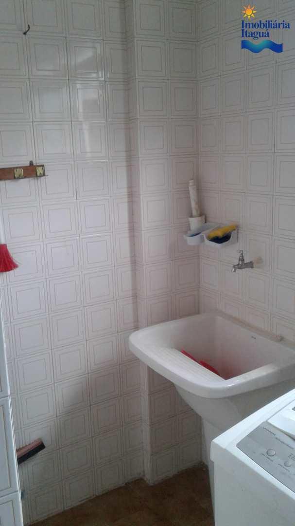 Apartamento com 2 dorms, Centro, Ubatuba - R$ 320 mil, Cod: AP1684