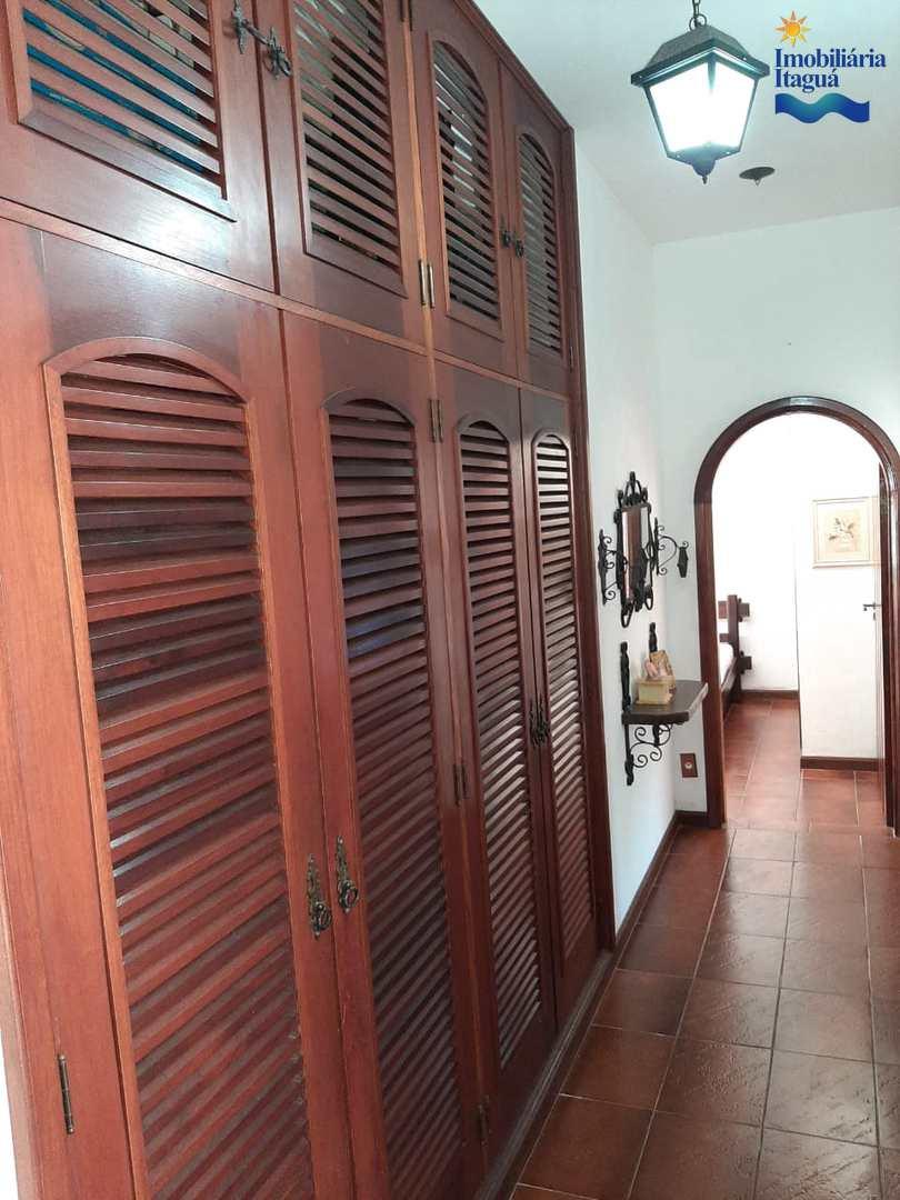 Casa com 3 dorms, Praia do Tenório, Ubatuba - R$ 2.2 mi, Cod: CA1243