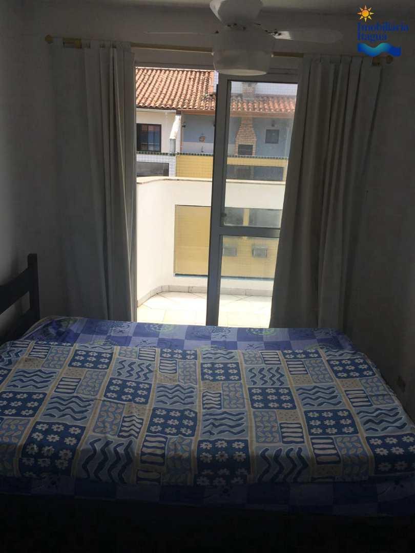 Cobertura com 3 dorms,100 metros da Praia Grande, Ubatuba