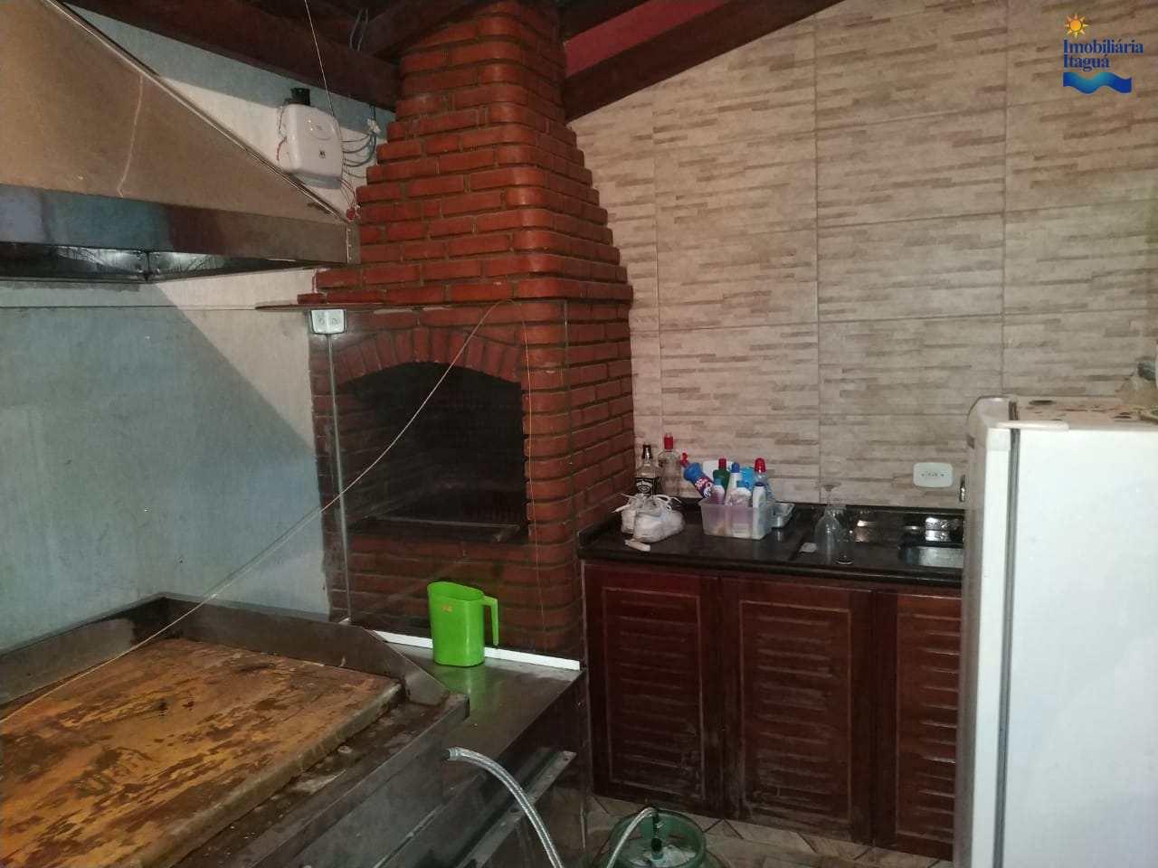 Casa com 2 dorms, Estufa II, Ubatuba - R$ 450 mil, Cod: CA1252