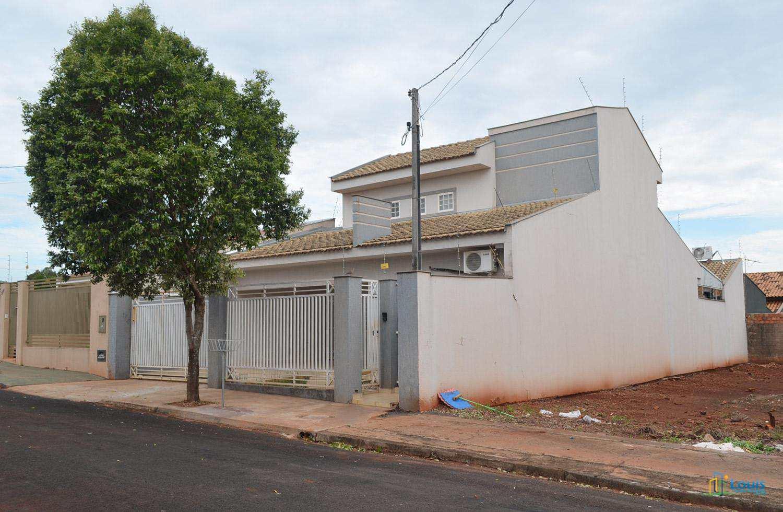 Sobrado 245m², 3 quartos, Jd Cinquentenário, Ibiporã/PR
