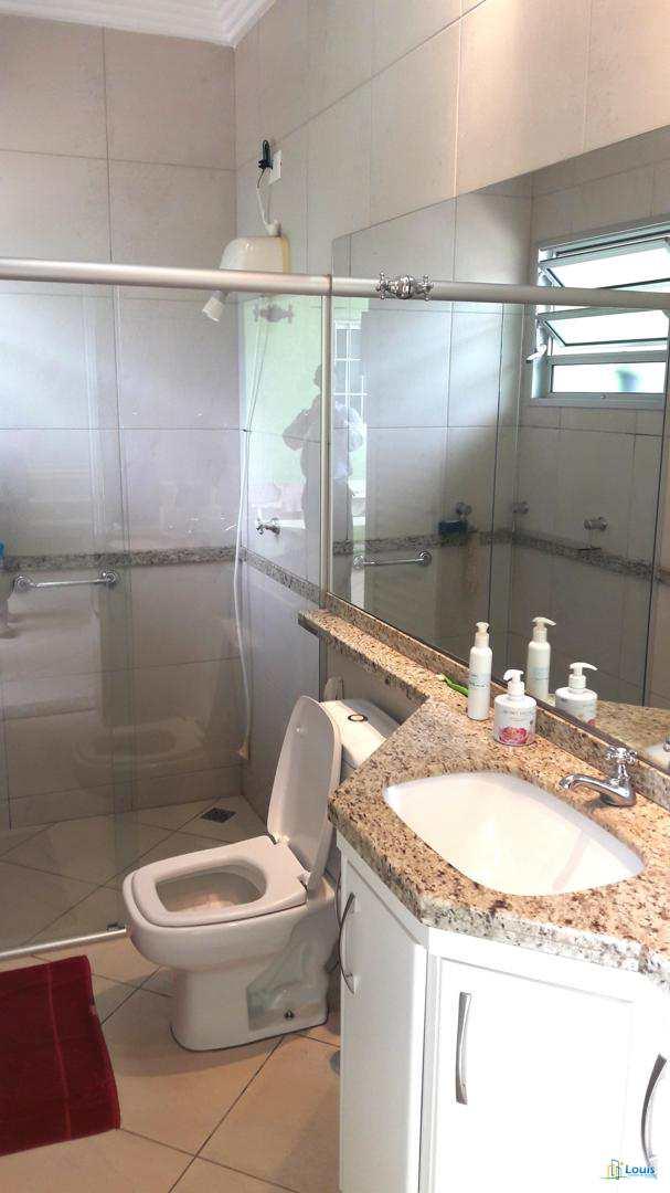 Sobrado 250m², 3 dorm, alto padrão - Jd Itamaraty - Ibiporã/PR