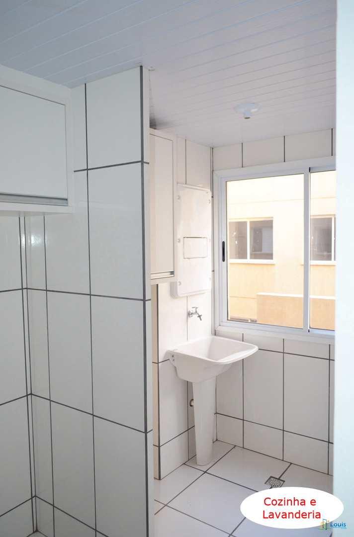 Apartamento com 3 dorms, Conjunto Vivi Xavier, Londrina - R$ 165 mil, Cod: 313