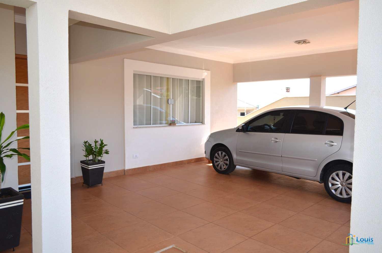 Casa 260m², 3 Quartos, Jd São Francisco, Ibiporã/PR