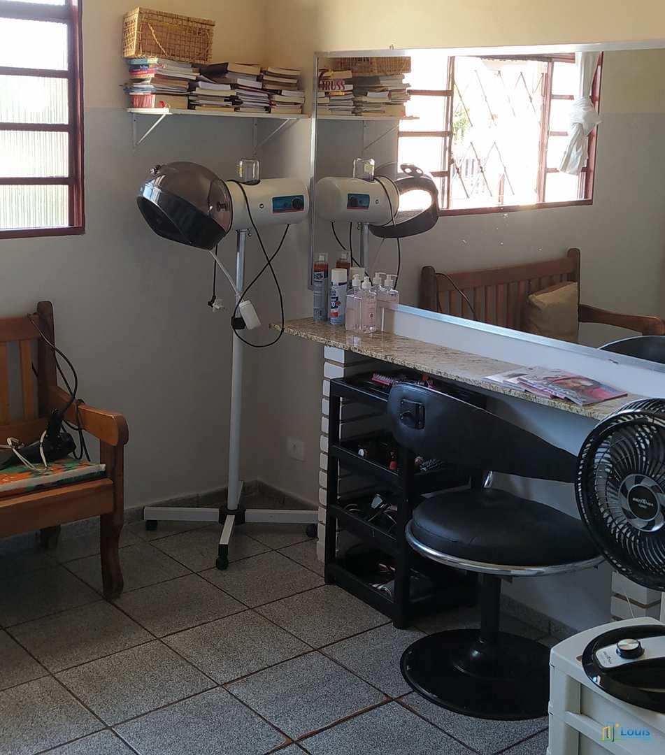 Sobrado c/ edícula, 4 dorm. 300m² em Ibiporã. Varanda Gourmet