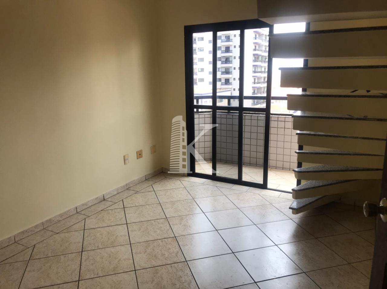 Cobertura com 3 dorms, Guilhermina, Praia Grande - R$ 450 mil, Cod: 5277
