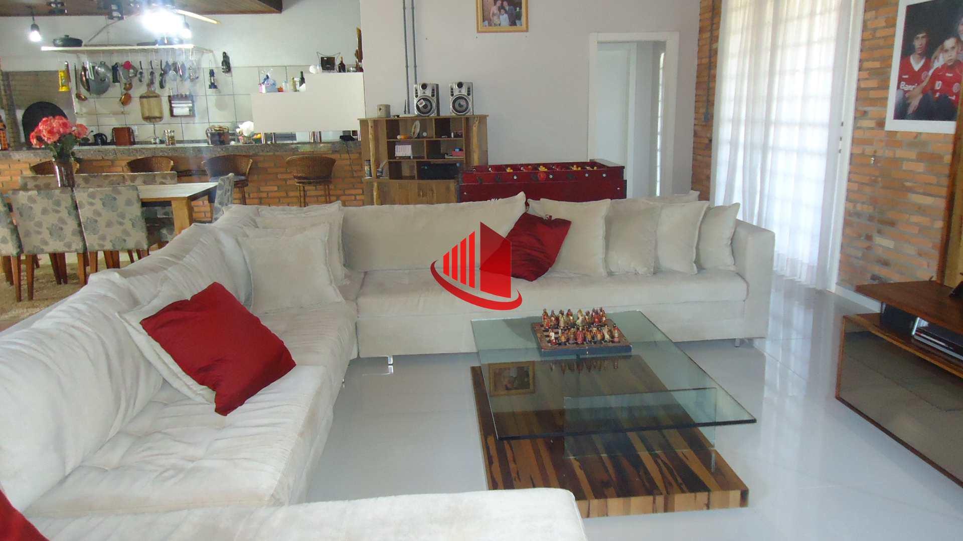 Casa com 3 dorms, Centro (Marechal Bormann), Chapecó - R$ 2.5 mi, Cod: 714