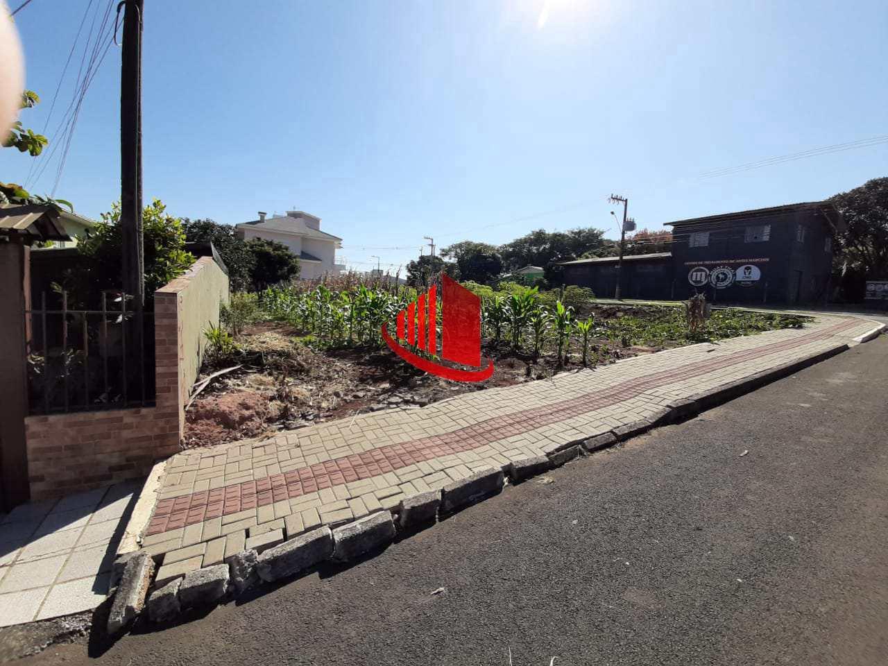 Terreno de Esquina, SAIC, Chapecó - R$ 500 mil, Cod: 1308