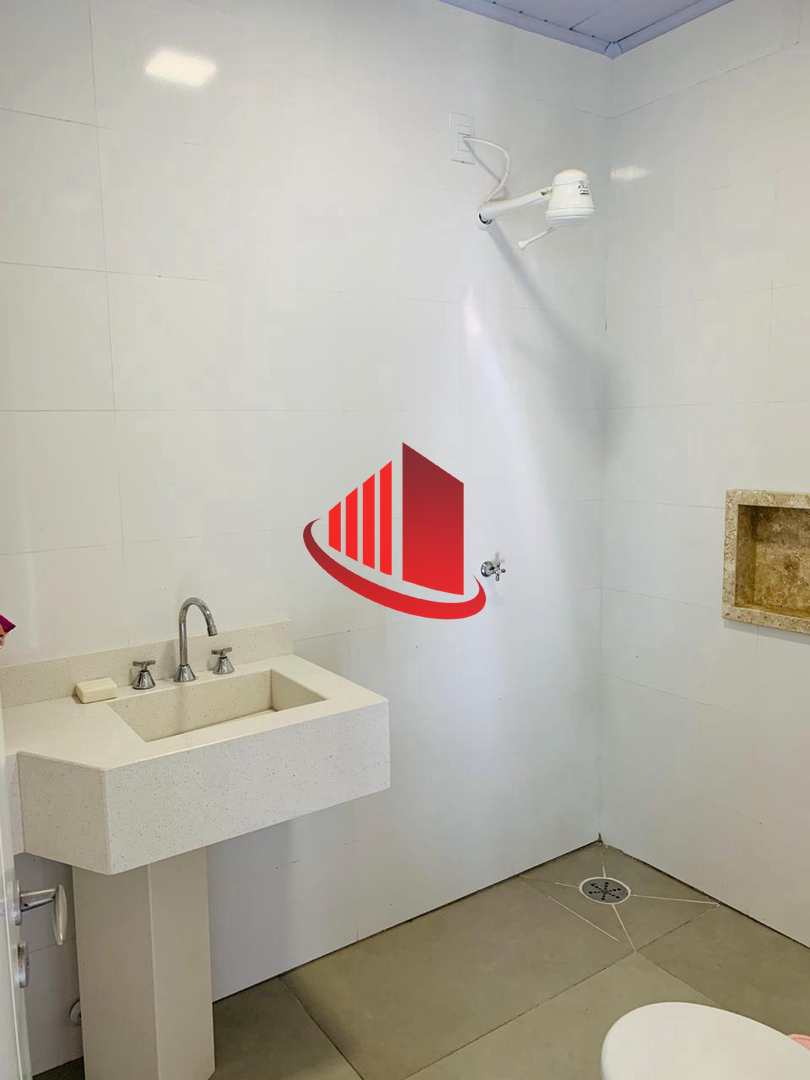 Casa Alto Padrão - 3 Suítes,  Lunardi, Chapecó - R$ 1.85 mi