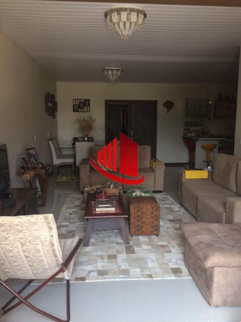 Casa Suíte + 1, Passo dos Fortes, Chapecó - R$ 479 mil