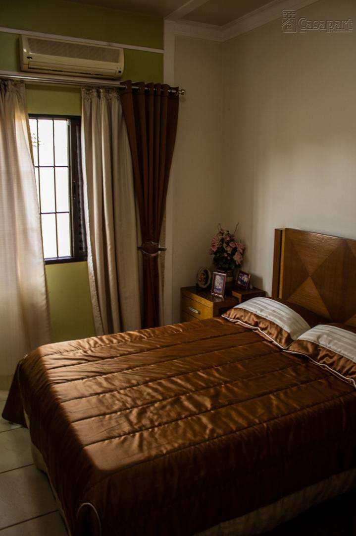 Casa com 4 dorms, Centro, Maracaju - R$ 1.6 mi, Cod: 315